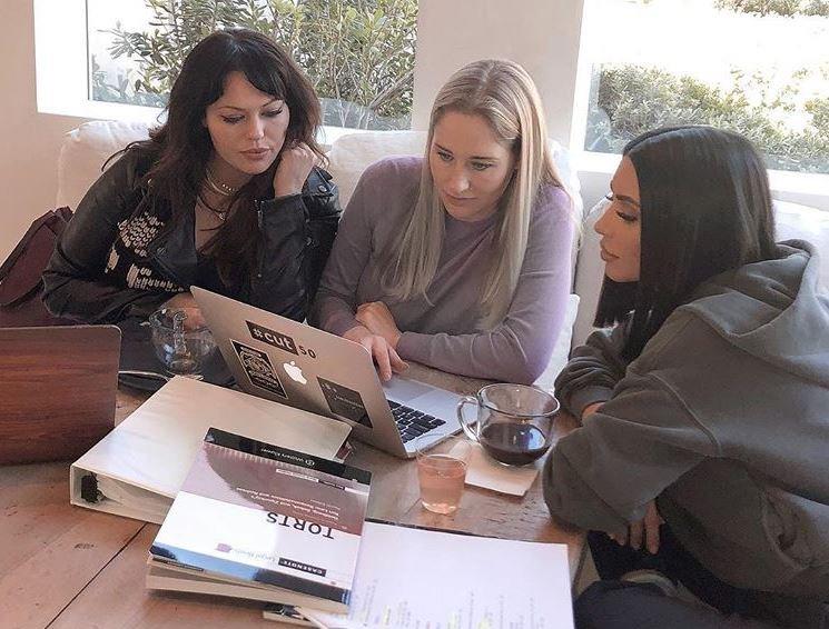 Kim Kardashian studying