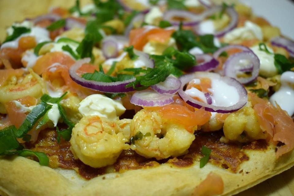 Kirosha's Kitchen Salmon and Prawn pizza