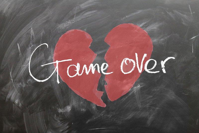 Swearing off love