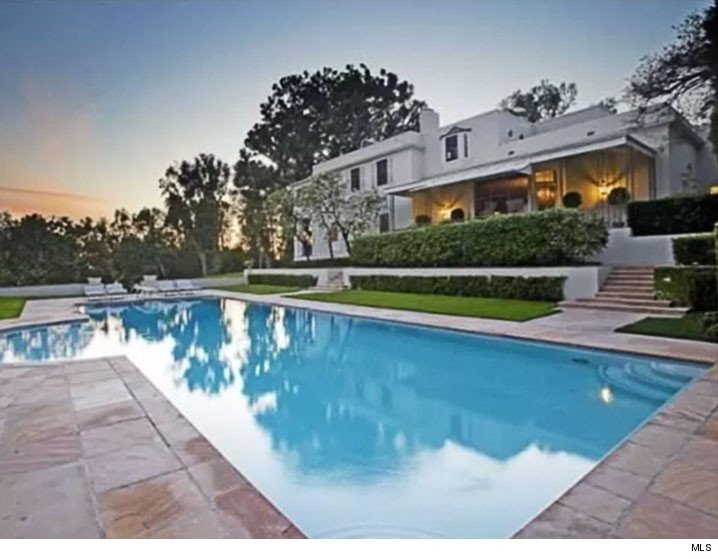 Jay-z and beyonce out bid by Tom ford mansion