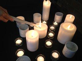 memorial_RIP_candles_dm_szYZfgb.jpg
