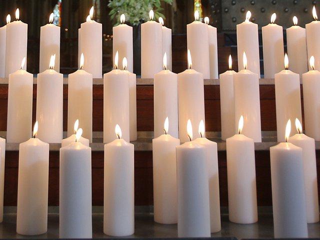 memorial_candles_afp_mx5OmHC.jpg