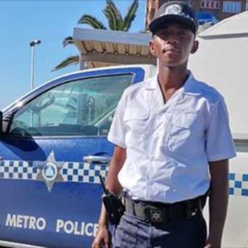 INSPIRING: Durban mum expresses gratitude for Metro Cop that guarded her car on the promenade