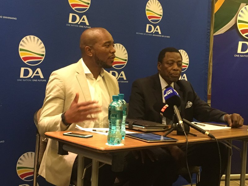DA questions constitutionality of armed forces in Parli