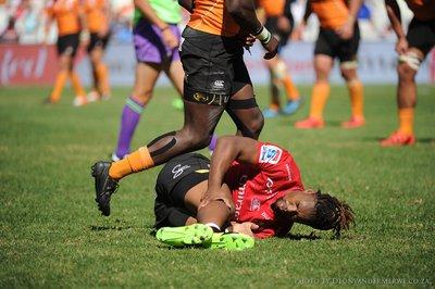 Mnisi suffers season-ending knee injury