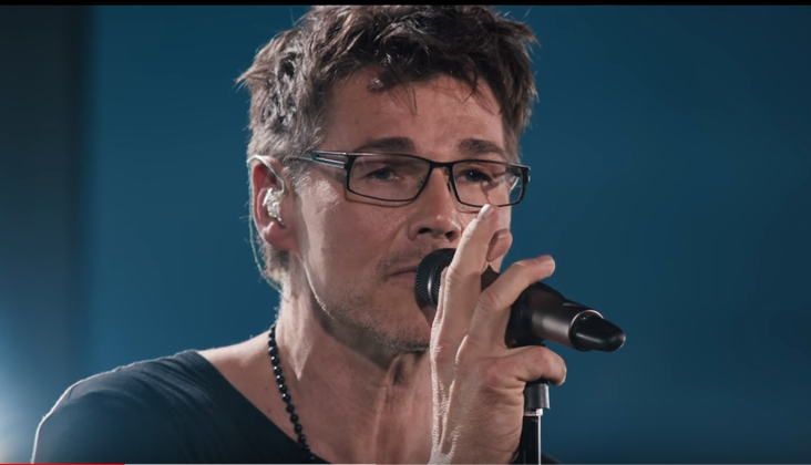 morten lead singer
