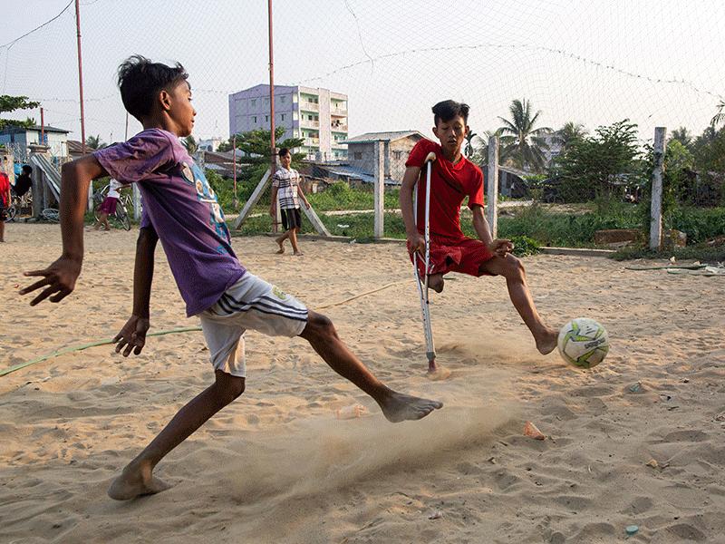 Myanmar teen, Kaung Lin
