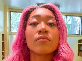 Naomi Osaka pink hair