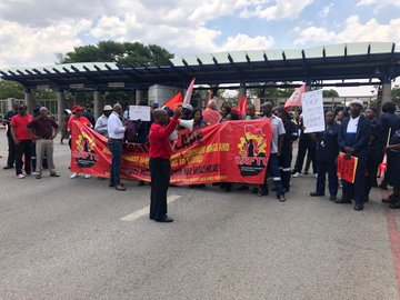 union numsa pickets outside Eskom