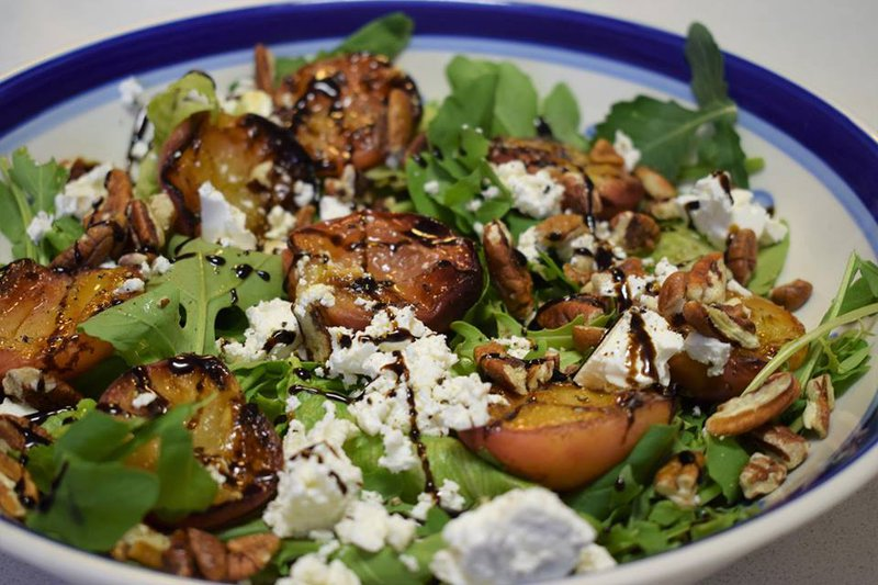 Recipe: Peach, feta and pecan nut salad (single use only)