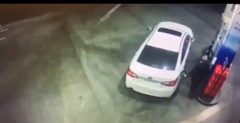 Petrol pump fight