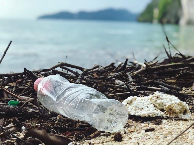 plastic pollution generic