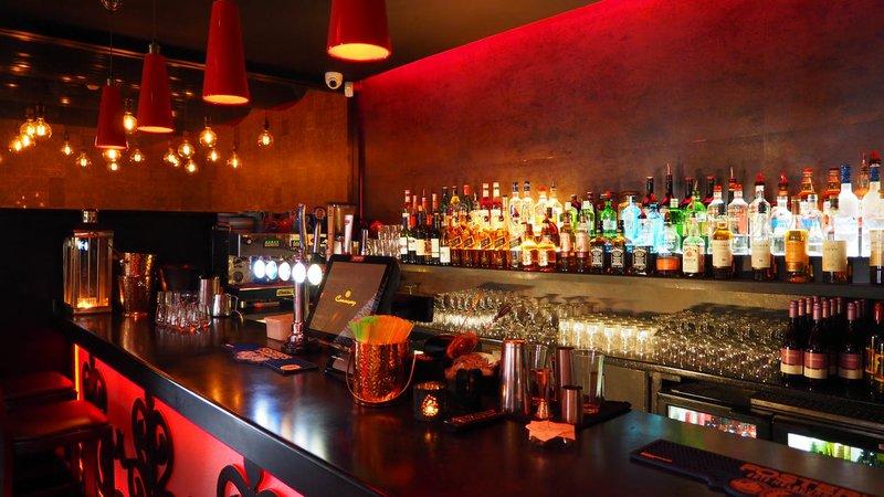 Bar pub generic