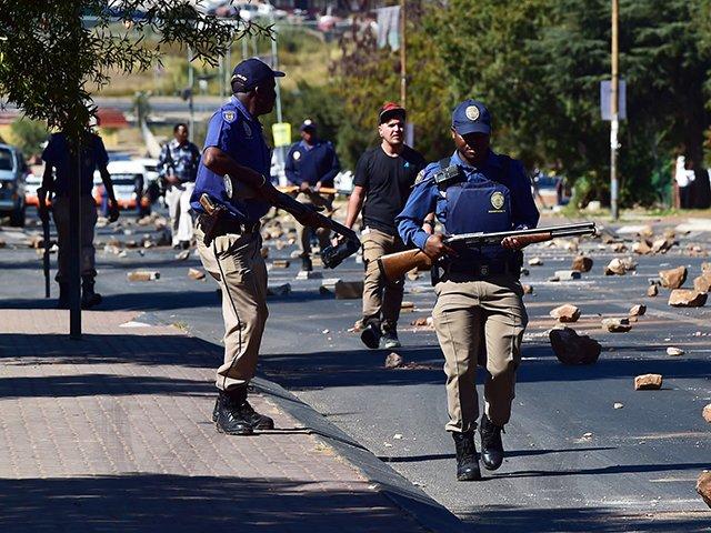 Bildergebnis für protests ladysmith