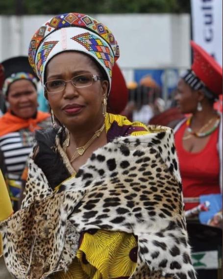 Her Majesty Queen Shiyiwe Mantfombi Dlamini-Zulu.
