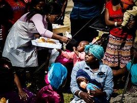 refugee_camp_new_gallo_XG90Xy8.jpg