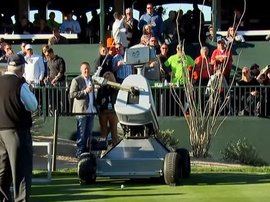 robot hole in one