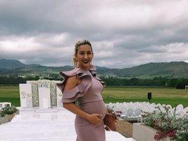 Roxy Burger pregnant