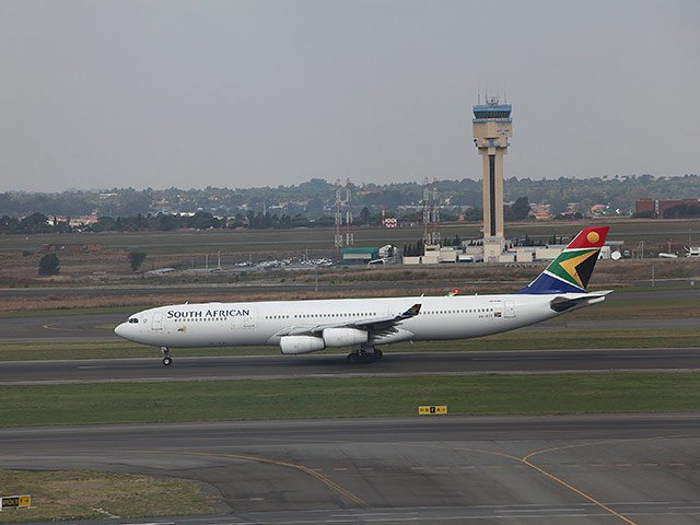 Robbers 'pose as police' in Johannesburg airport heist