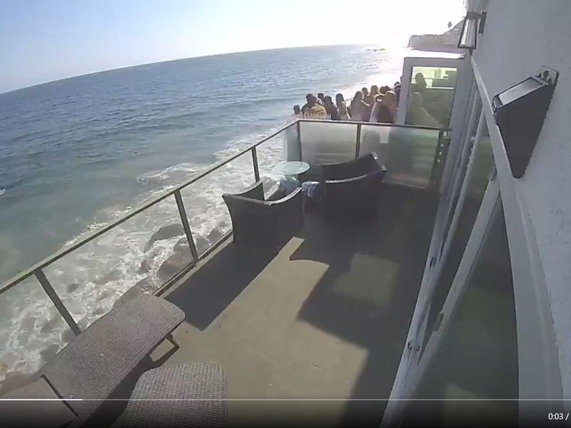 Seaside balcony collapse