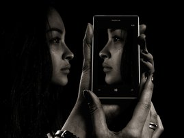 Face Mirror Phone
