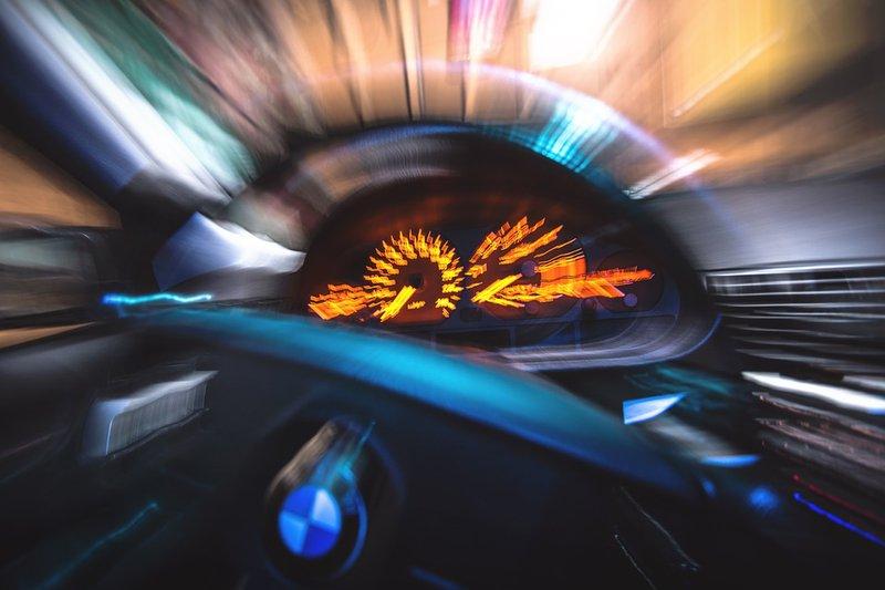 Watch Shocking Moment Speeding Bmw Crashes In Cape Town