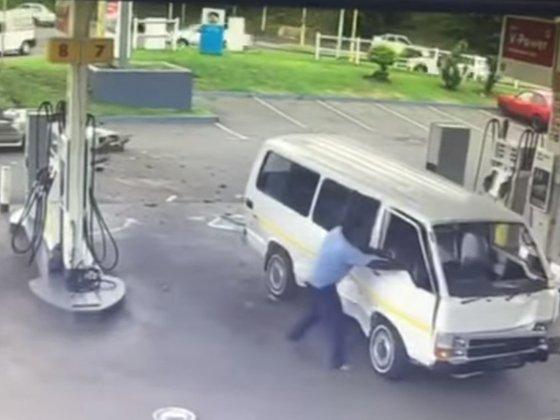 TAxi crash - YouTube