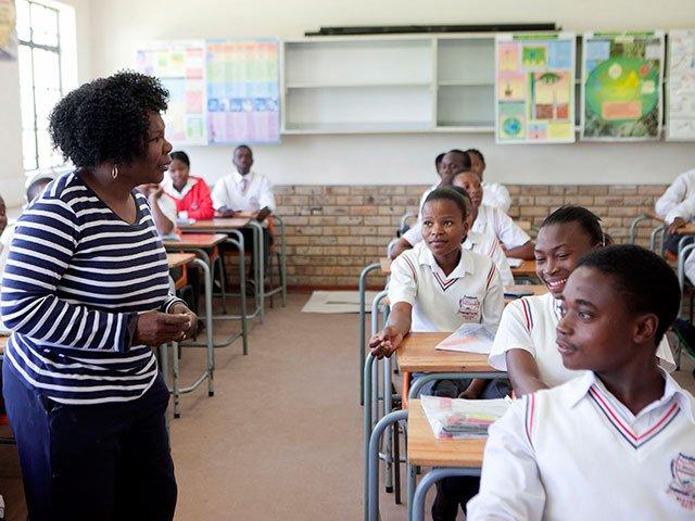 teachers_school_gallo_qIrG4Wn.jpg