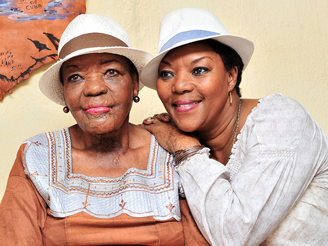 Jazz musician, Thandi Klaasen and daughter Lorraine