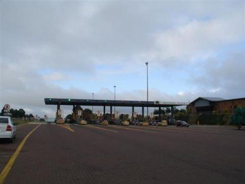 toll plaza.jpg