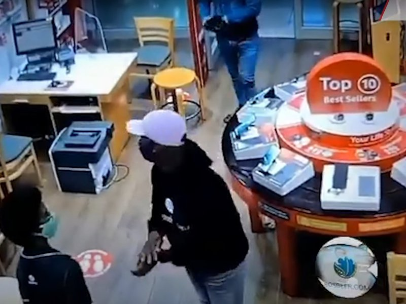 Vodacom store robbery in Western Cape