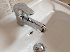 water_tap_dm_HTgZCsE.jpg