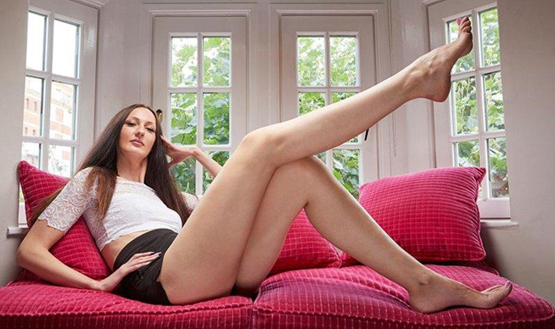woman with longest legs